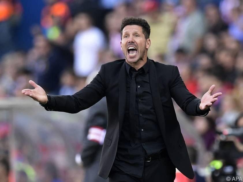 Atlético-Trainer Diego Simeone beschwört seine Spieler