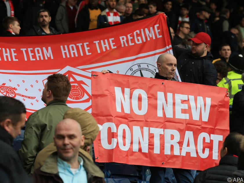 Zahlreiche Fans fordern einen Trainerwechsel