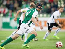 Höllers erstes Tor rettete Mattersburg, er stand dabei aber im Abseits