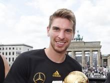 Torwart Ron-Robert Zieler genießt nach der WM noch seinen Urlaub