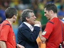 Fernando Santos (M) war bei der WM als Trainer des griechischen Teams ausfällig geworden