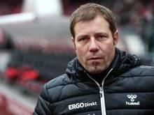 Im Trainingslager in der Türkei fehlen Chef-Trainer Frank Kramer Mohr und Mickel