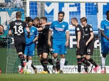 Nach einem frühen Rückstand drehte der FC St. Pauli das Spiel in Bochum
