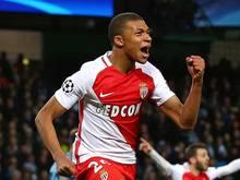 Um Monacos Shootingstar Kylian Mbappé ist ein Bieterduell entbrannt