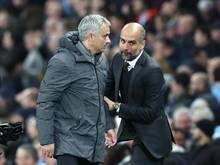 José Mourinho (l.) trifft im Premier-League-Topsiel auf Pep Guardiola