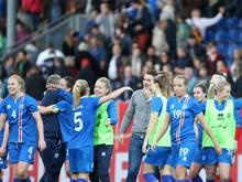 Islands Frauen gewinnen in Slowenien