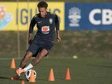 Brasiliens Topstar Neymar hat das Training aufgenommen