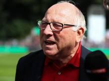 Uwe Seeler glaubt weiter an den HSV