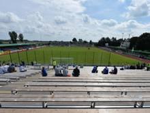 2016 wurden in Drochtersen Zusatztribünen für das Spiel gegen Mönchengladbach aufgebaut