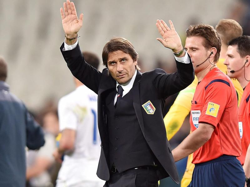 Antonio Conte grüßte die Fans in Turin