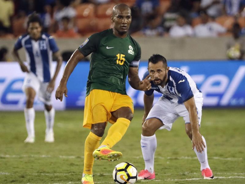 Beim Gold Cup lief Florent Malouda (re.) für Französisch-Guyana auf.