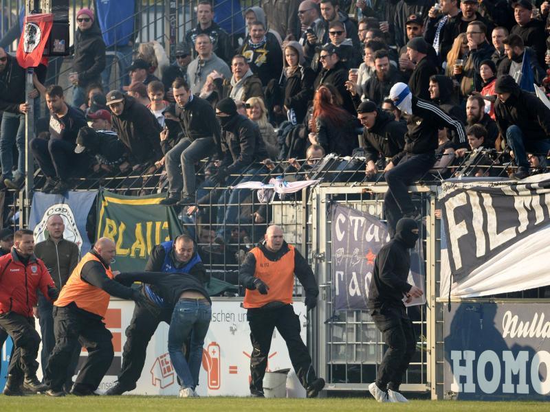 Ausschreitungen überschatteten das Regionalligaspiel zwischen dem SV Babelsberg 03 und Energie Cottbus