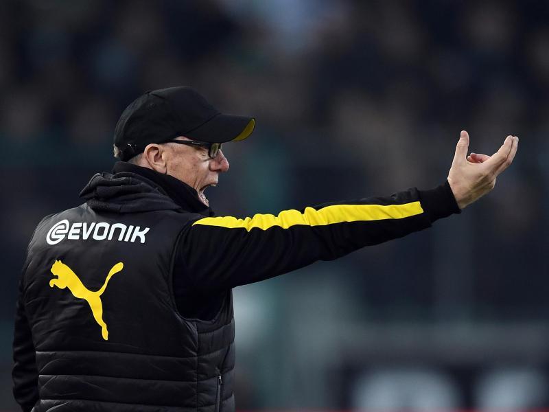Peter Stöger will keinen Spieler für die Partie gegen Augsburg schonen