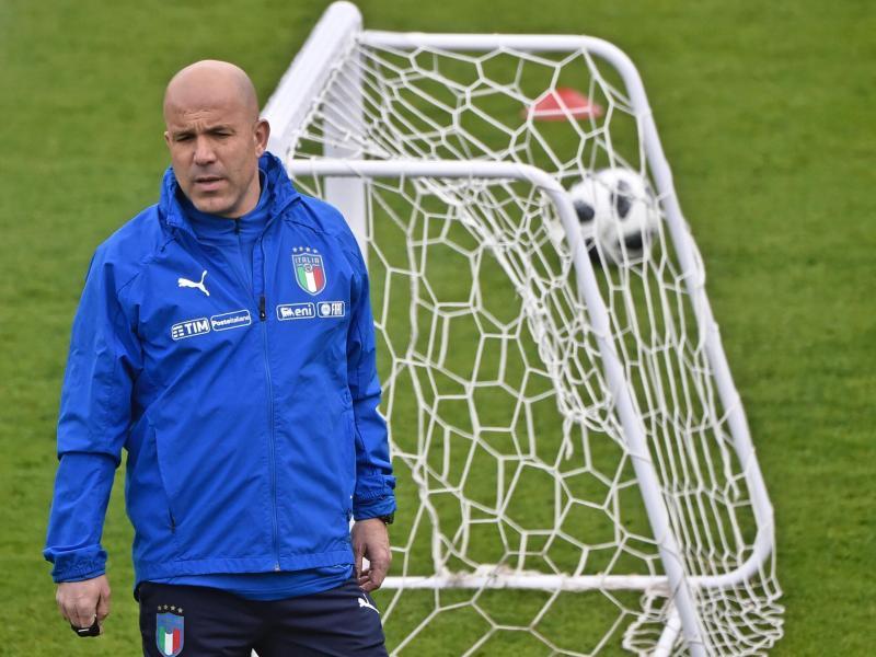 Interims-Coach Luigi Di Biagio will die Squadra Azzurra wieder auf Kurs bringen
