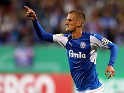 Holstein Kiel siegt im Zweitligaduell der ersten DFB-Pokalrunde gegen Braunschweig