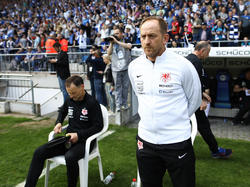 Braunschweigs Torsten Lieberknecht hat den direkten Aufstieg nicht aufgegeben