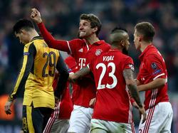 Müller und Co. feiern eine magische Nacht