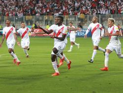 Perú celebró por todo lo alto el pase en Lima. (Foto: Imago)