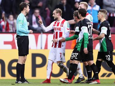 Marcel Risse (Nr. 7) haderte mit dem Schiedsrichter