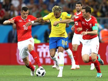 Neymar lo intentó sin descanso pero no pudo acertar de cara a portería. (Foto: Getty)