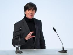 Bundestrainer Joachim Löw steigt mit der DFB-Elf bei der WM in Russland in Moskau ab