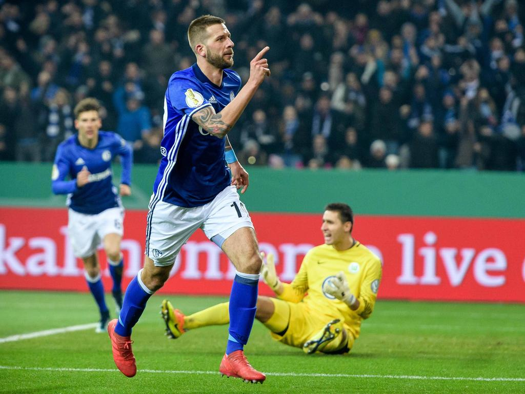 Guido Burgstaller schoss die Schalker in einem schwachen Spiel zum Sieg