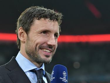 Mark van Bommel is als analist aanwezig tijdens het Champions League-duel FC Bayern München - PSV (19-10-2016).