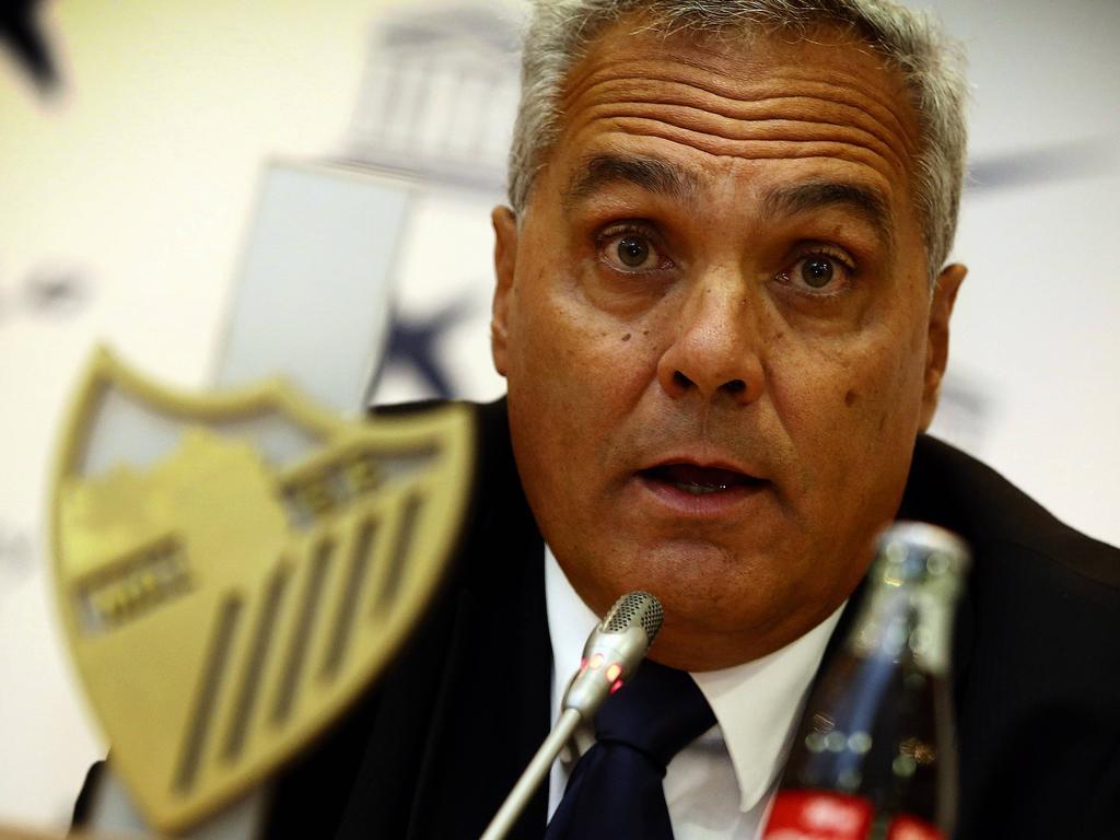 Mario Husillos en una rueda de prensa con el Málaga. (Foto: Getty)