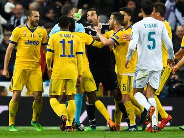 Nach dem umstrittenen Elfmeter kam es in Madrid zu tumultartigen Szenen