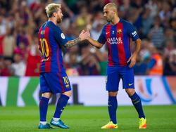 Messi wird zum Auftakt nicht von Mascherano (r.) unterstützt