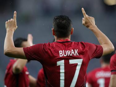 El único gol lo anotí el delantero Burak Yilmaz en el minuto 5. (Foto: Getty)