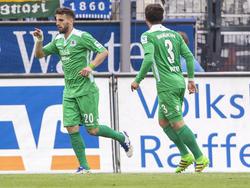 Valdet Rama (l.) jubelt ab sofort für die Würzburger Kickers