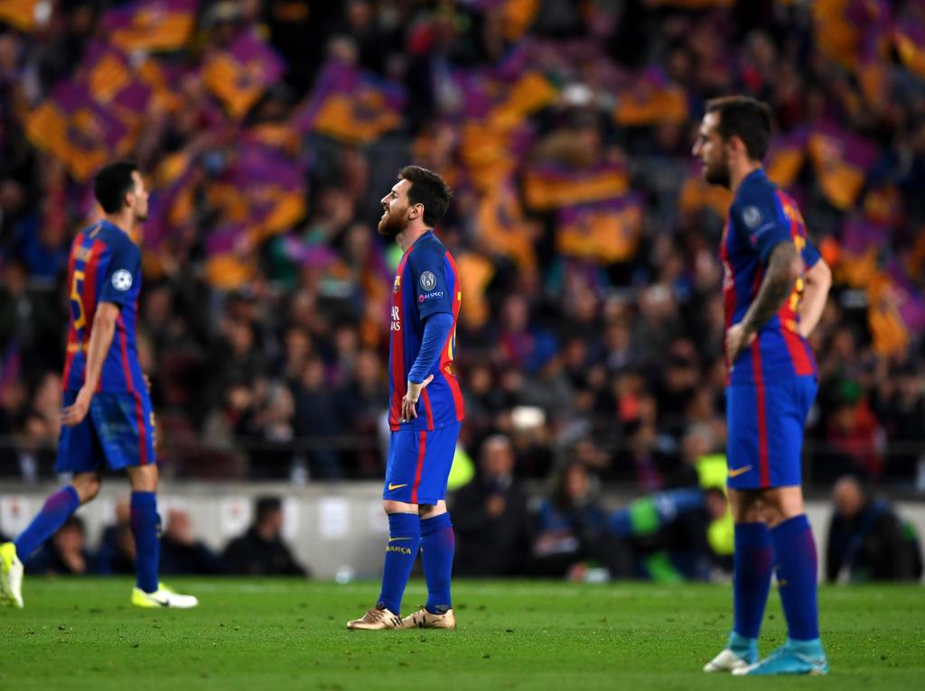 Lionel Messi (M.) und Co. stehen in Madrid unter Druck
