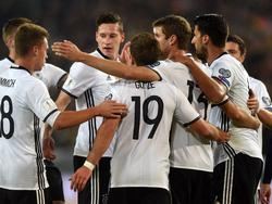 Müller, Götze und Co. feiern einen ungefährdeten Sieg gegen schwache Nordiren