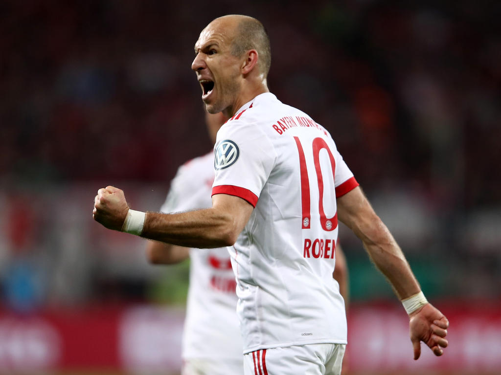 Arjen Robben bleibt ein weiteres Jahr beim FC Bayern München