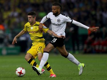 Der Ex-Frankfurter Michael Hector (r.) steht vor einem Wechsel zu Hull City
