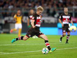 Mats Möller Daehli für St. Pauli am Ball