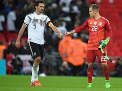 Mats Hummels (l.) und Marc-André ter Stegen sind gegen Spanien und Brasilien vorerst gesetzt