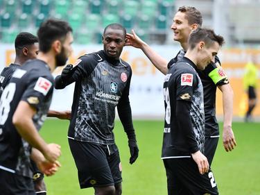 Anthony Ujah traf beim ersten Testspielauftritt für Mainz