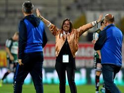 Darf Hartberg-Präsidentin Brigitte Annerl am Ende über die Bundesliga-Lizenz jubeln?