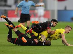 Marco Reus im Bayer-Sandwich