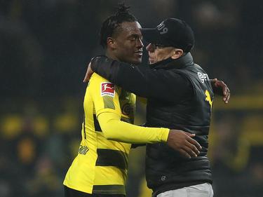 BVB-Coach Peter Stöger war mit seinem neuen Torjäger Michy Batshuayi (l.) zufrieden