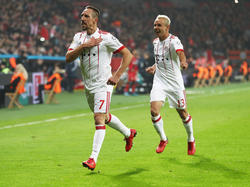 Franck Ribéry (l.) traf zum Rückrundenstart gegen Leverkusen