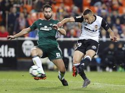 Rodrigo logró su gol número 10 esta temporada con el Valencia. (Foto: Imago)