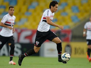 Ganso in actie voor São Paulo FC tegen Fluminense FC. (21-05-2014)