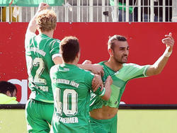 Serdar Dursun (r.) war gegen den SV Morlautern erfolgreich