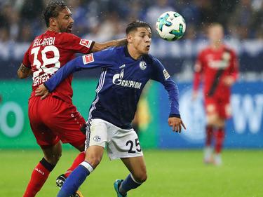 Amine Harit (re.) im Dress des FC Schalke 04