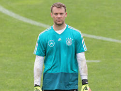 Stand für einen Werbedreh vor der Kamera: Manuel Neuer