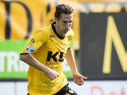 De ervaren Roel Brouwers speelt na meer dan elf jaar weer een officieel duel voor Roda JC. In de eerste wedstrijd van het seizoen start hij in de basis tegen Heracles Almelo. (07-08-2016)