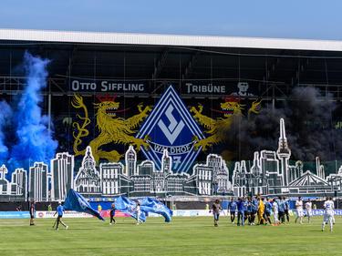 Teile der Mannheimer Fans protestieren gegen den China-Plan